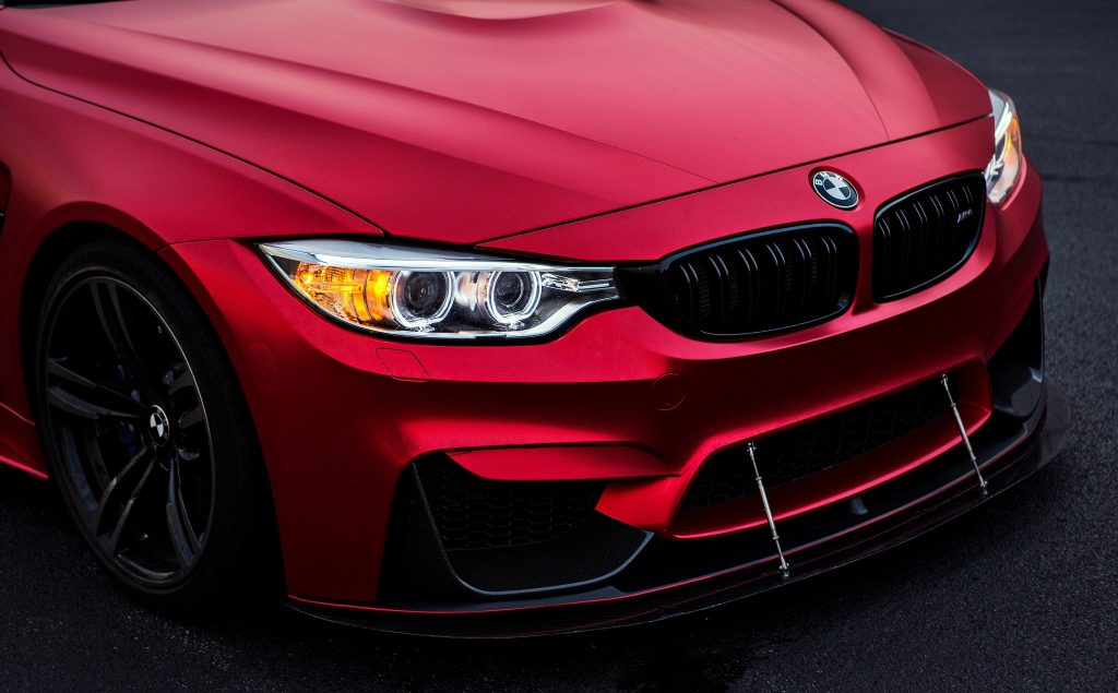Photoshoot-Matte-Red-BMW-M4-Is-A-Thing-Of-Beauty-6